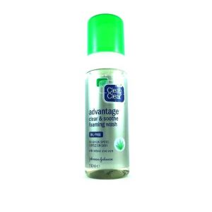 Clean & Clear Advantage Clear & Soothe Foaming Wash-150ml